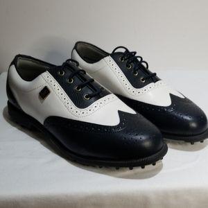 NWOT LPGA Golf shoes
